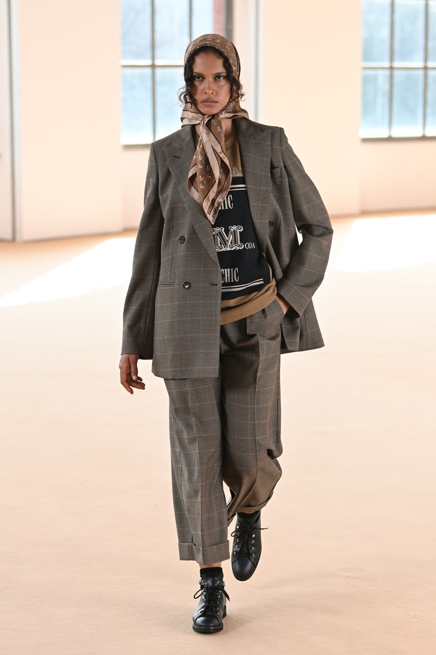 Max Mara Fall Winter 2021 - Milan Fashion WeekMax Mara Fall Winter 2021 - Milan Fashion Week