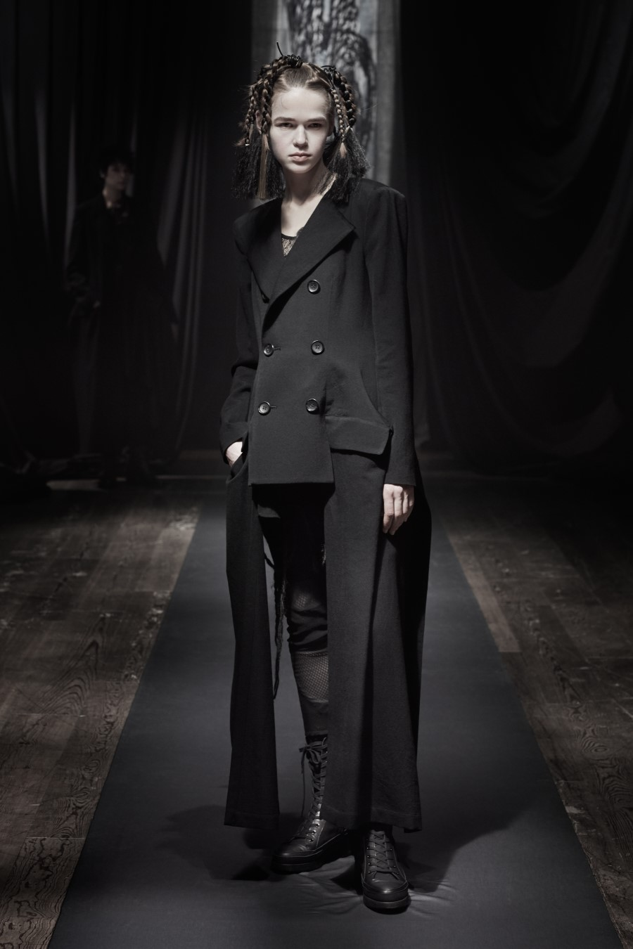 Yohji Yamamoto Fall Winter 2021 - Paris Fashion Week