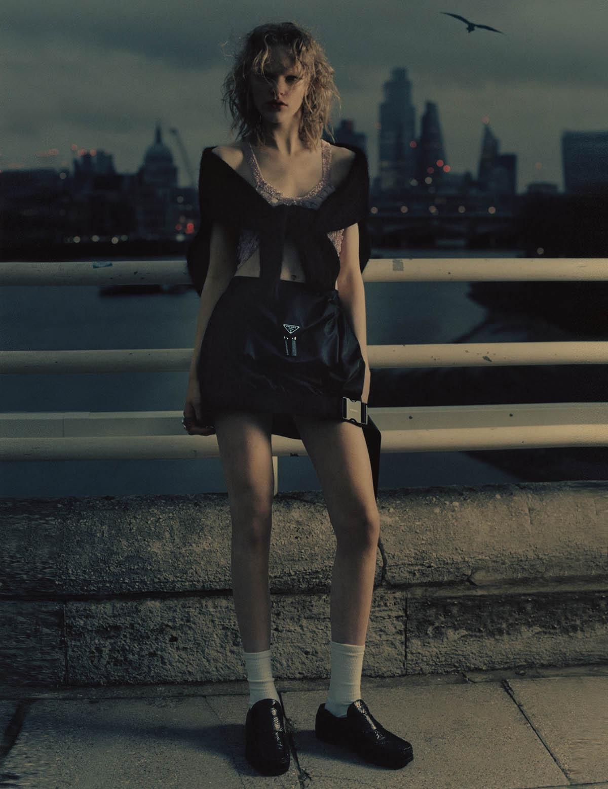 Hannah Motler by Robi Rodriguez for i-D Magazine Issue 362