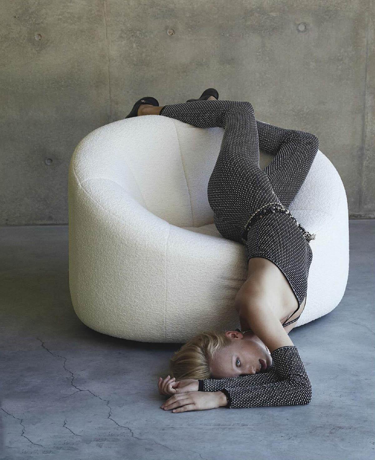 Lili Sumner by Hannah Scott-Stevenson for Vogue Australia April 2021