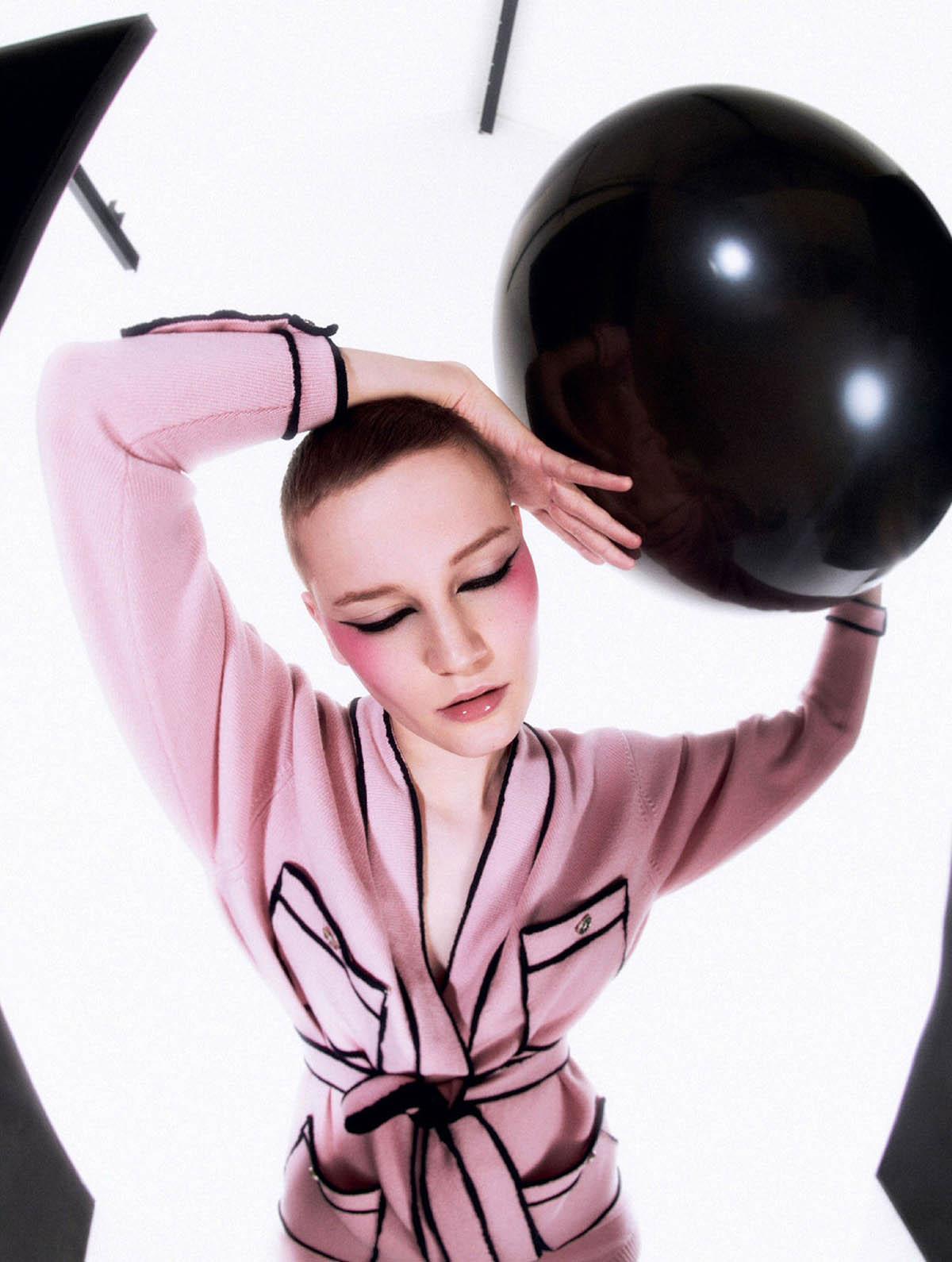 Lina Hoss by Meinke Klein for Elle UK April 2021