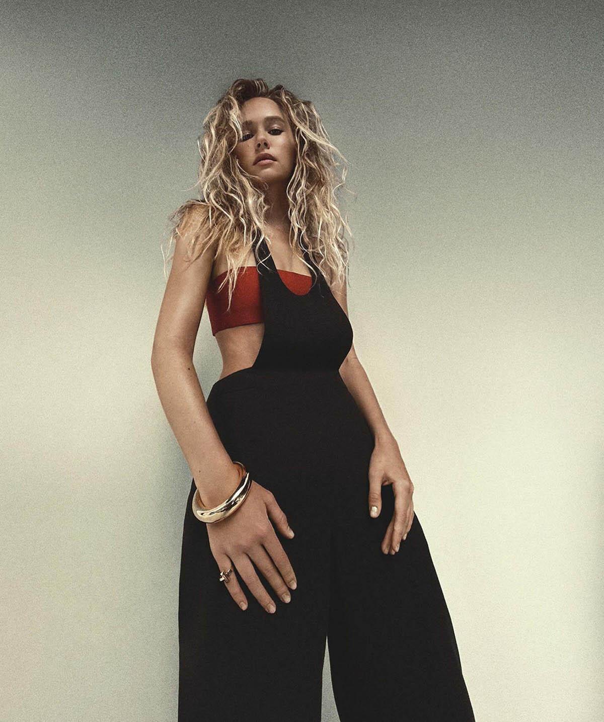 Gabriella Brooks by Christine Centenera for Vogue Australia May 2021
