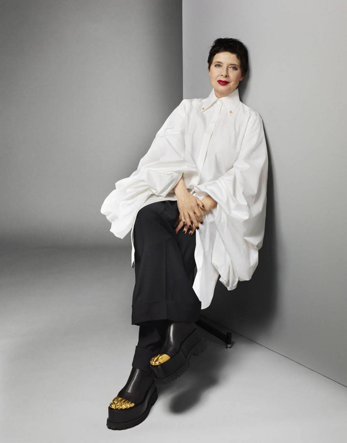 Isabella Rossellini by Terry Tsiolis for Harper's Bazaar US May 2021