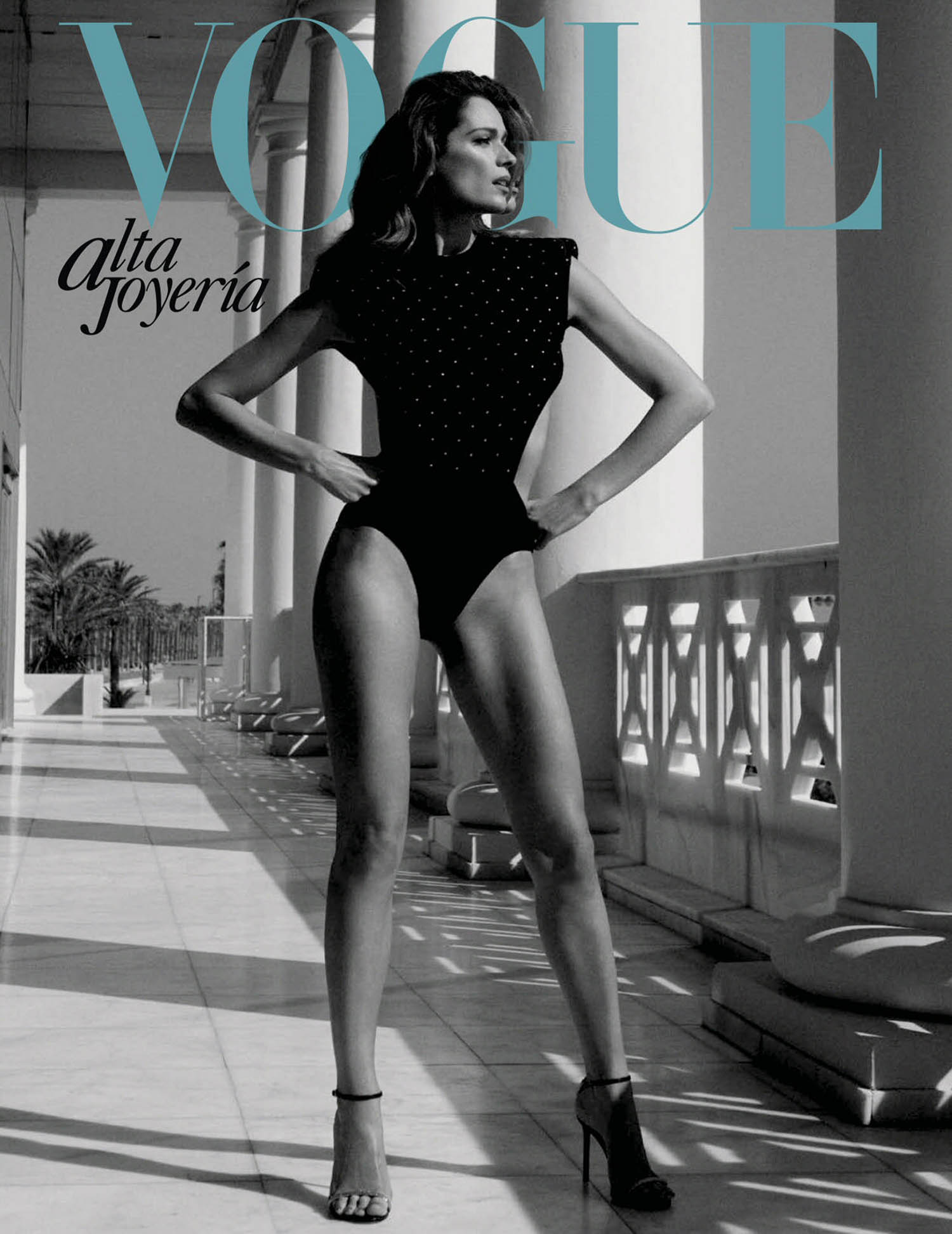 Mar Saura covers Vogue High Jewelry Mexico & Latin America May 2021 by Alvaro Beamud Cortes