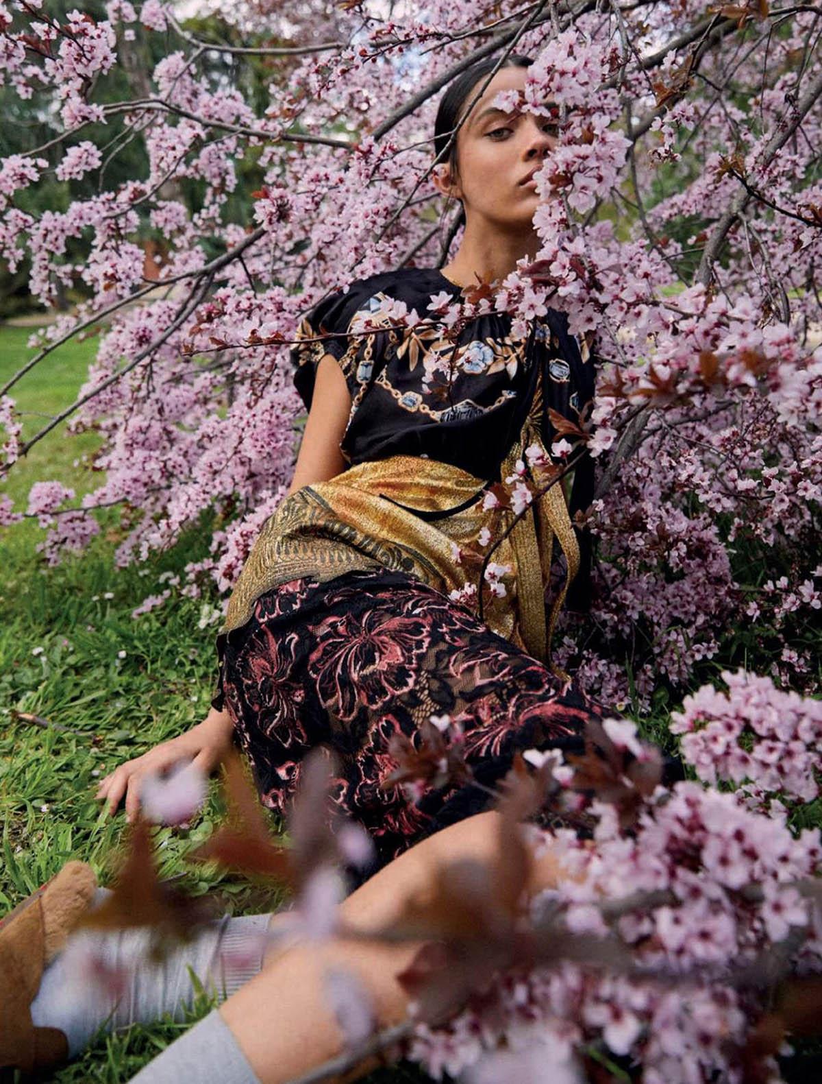 Vega Essermeant by Fede Delibes for Harper's Bazaar Spain May 2021