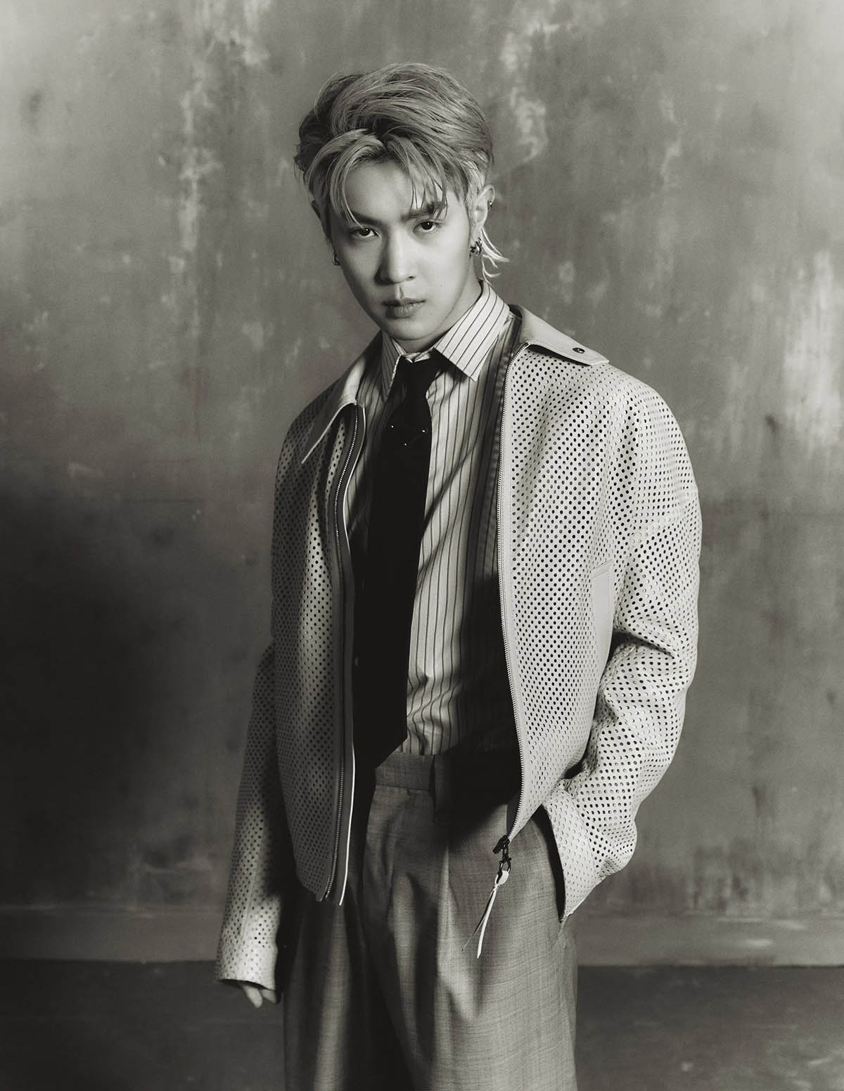 Victor Ma by Hekaituoyi for L'Officiel Hommes Italia Issue 26