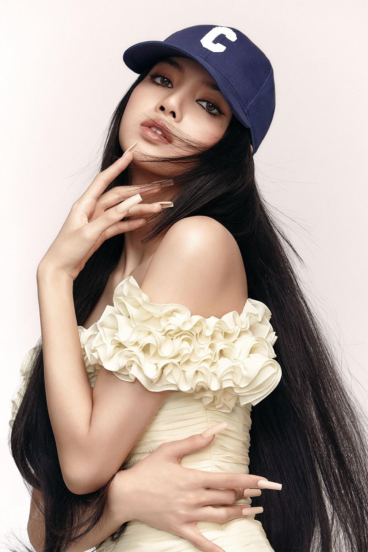 Blackpink's Lisa covers Vogue Japan June 2021 by Kim Hee June