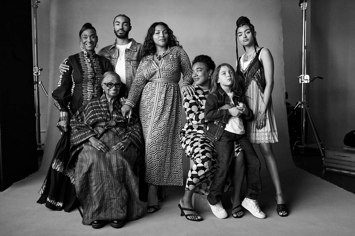 Paloma Elsesser and her family by Daniel Jackson for Vogue US June July 2021