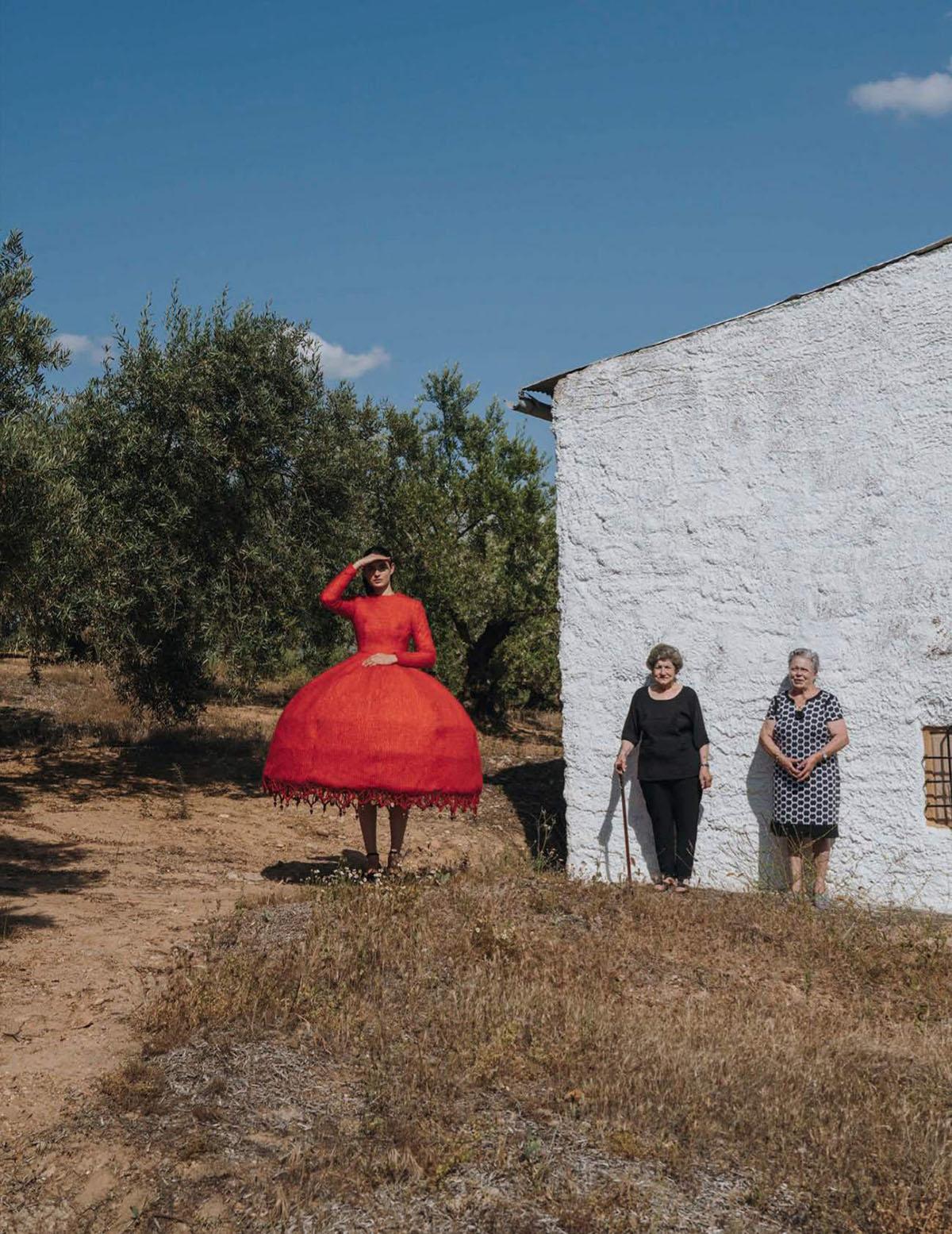 Africa Penalver by Yosigo for Vogue Spain July 2021