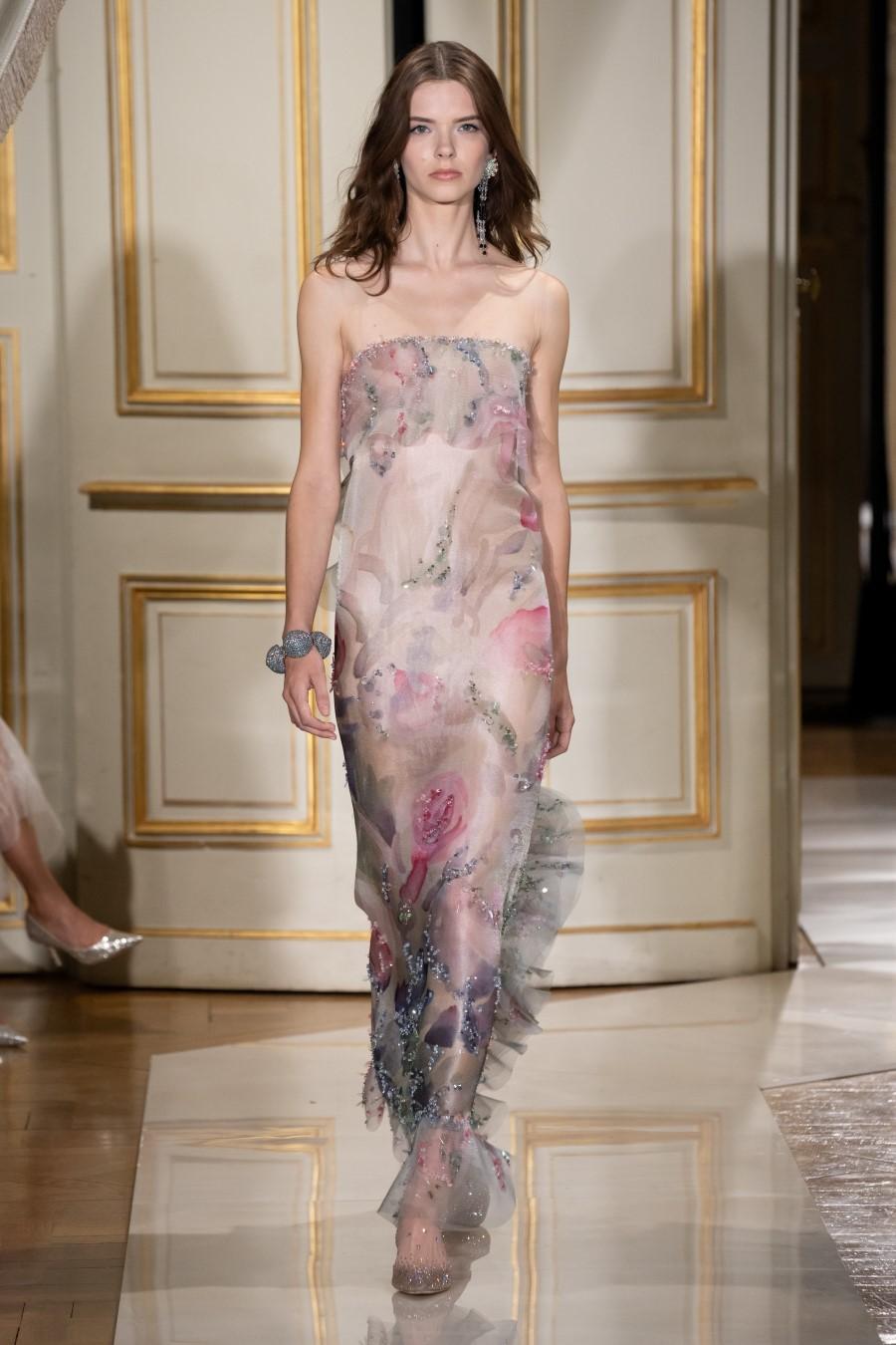 Armani Privé Haute Couture Fall Winter 2021Armani Privé Haute Couture Fall Winter 2021