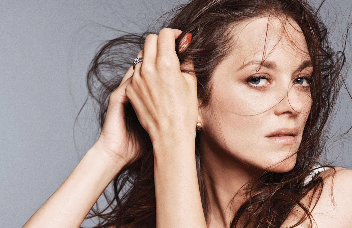 Marion Cotillard covers Elle France July 9th, 2021 by Jan Welters