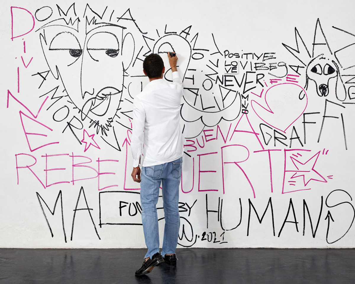 Tod's launches the Graffiti collection