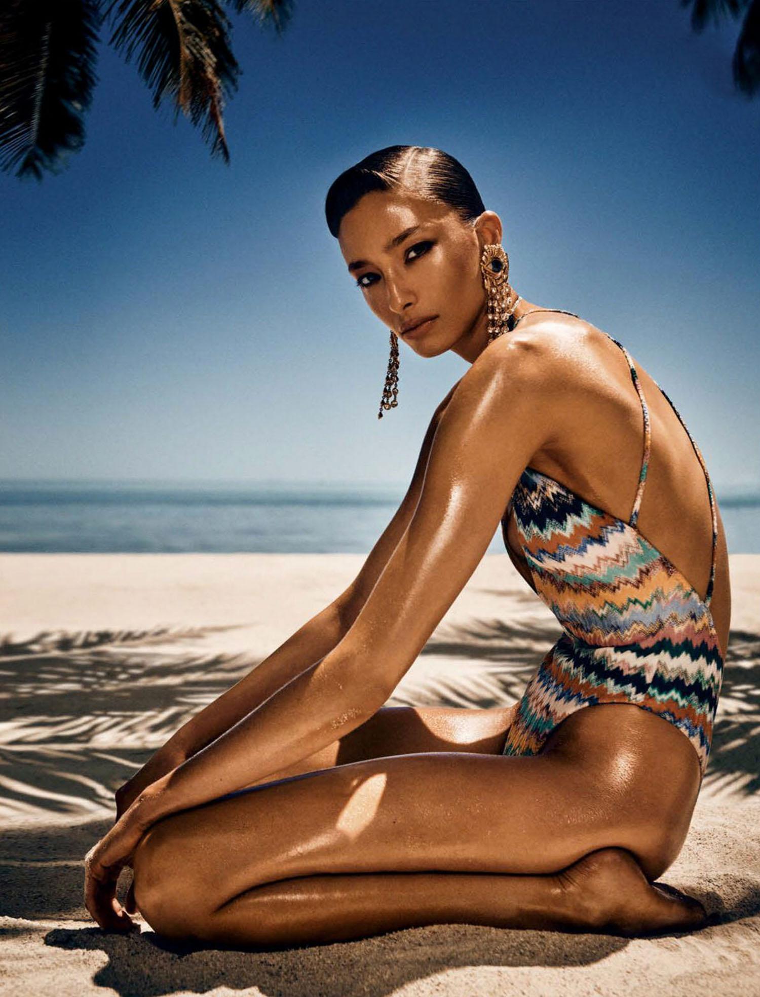 Alexandra Agoston by Yulia Gorbachenko for Vogue Mexico & Latin America July 2021
