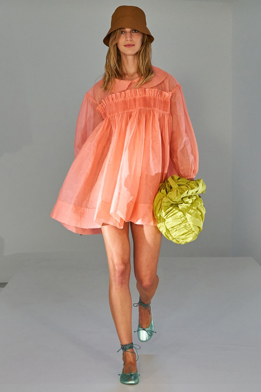 Molly Goddard Spring Summer 2022 London Fashion Week Fashionotography