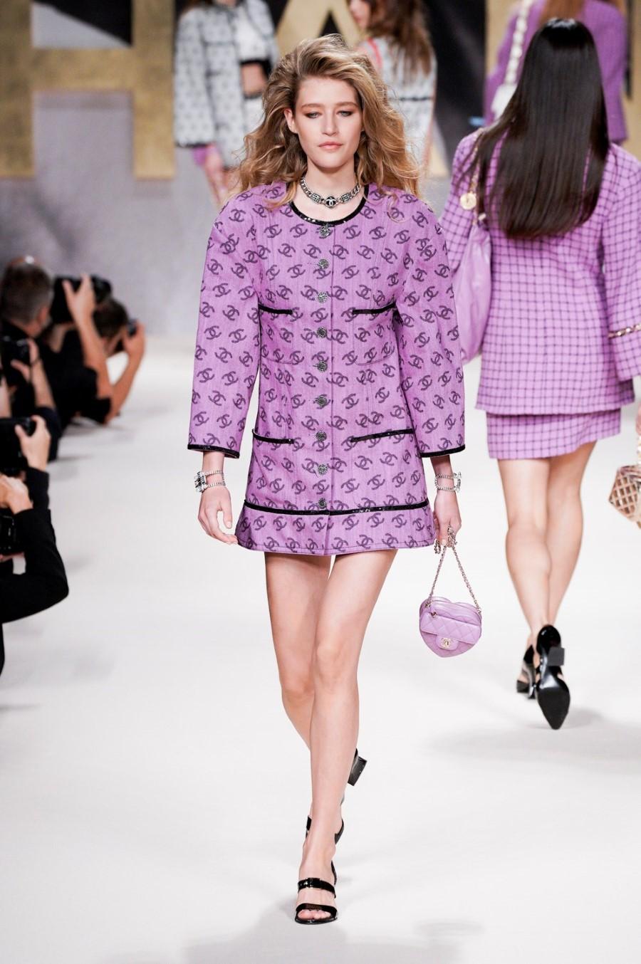 Chanel Spring Summer 2022 - Paris Fashion Week