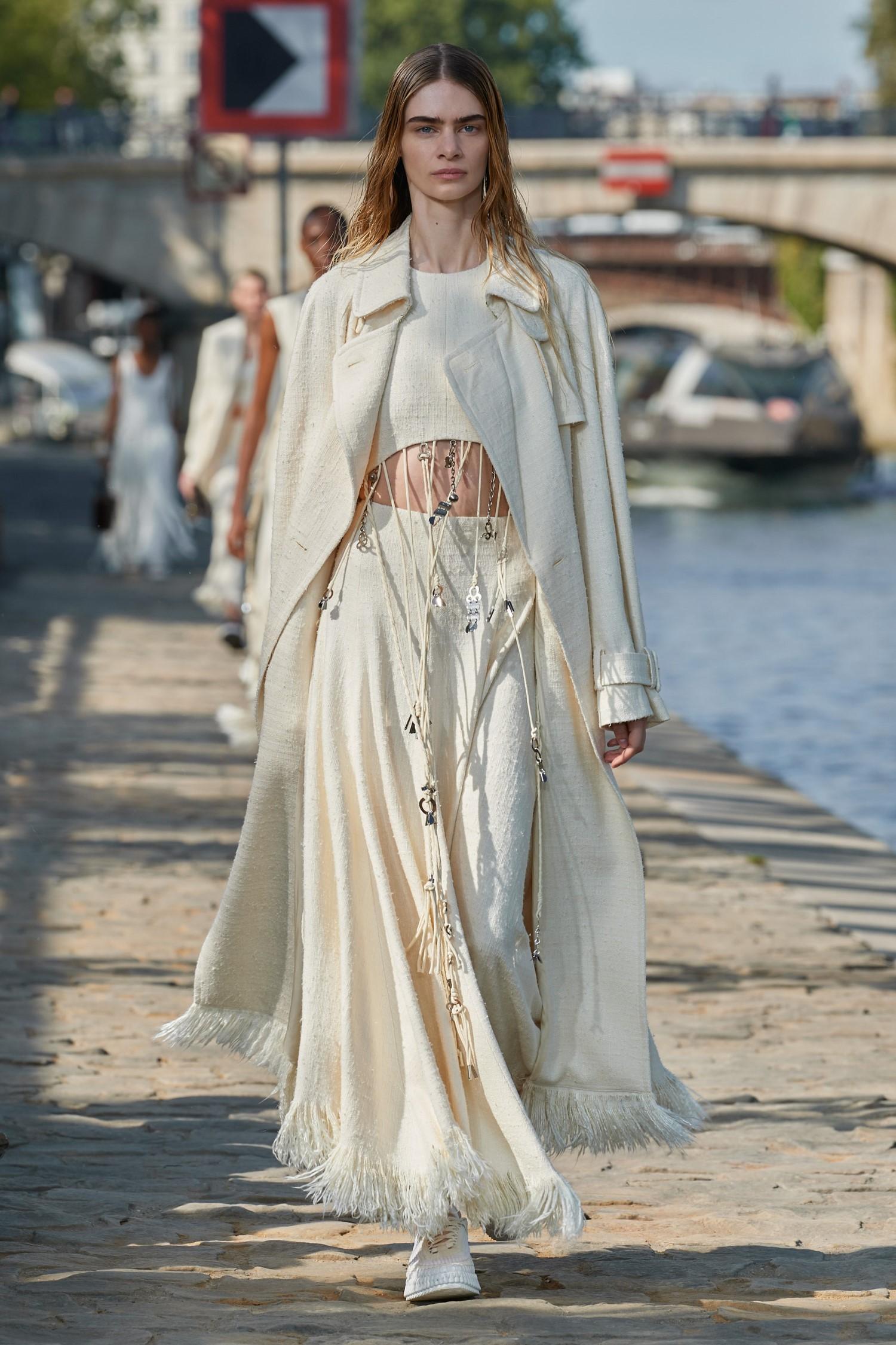 Chloé Spring Summer 2022 - Paris Fashion Week