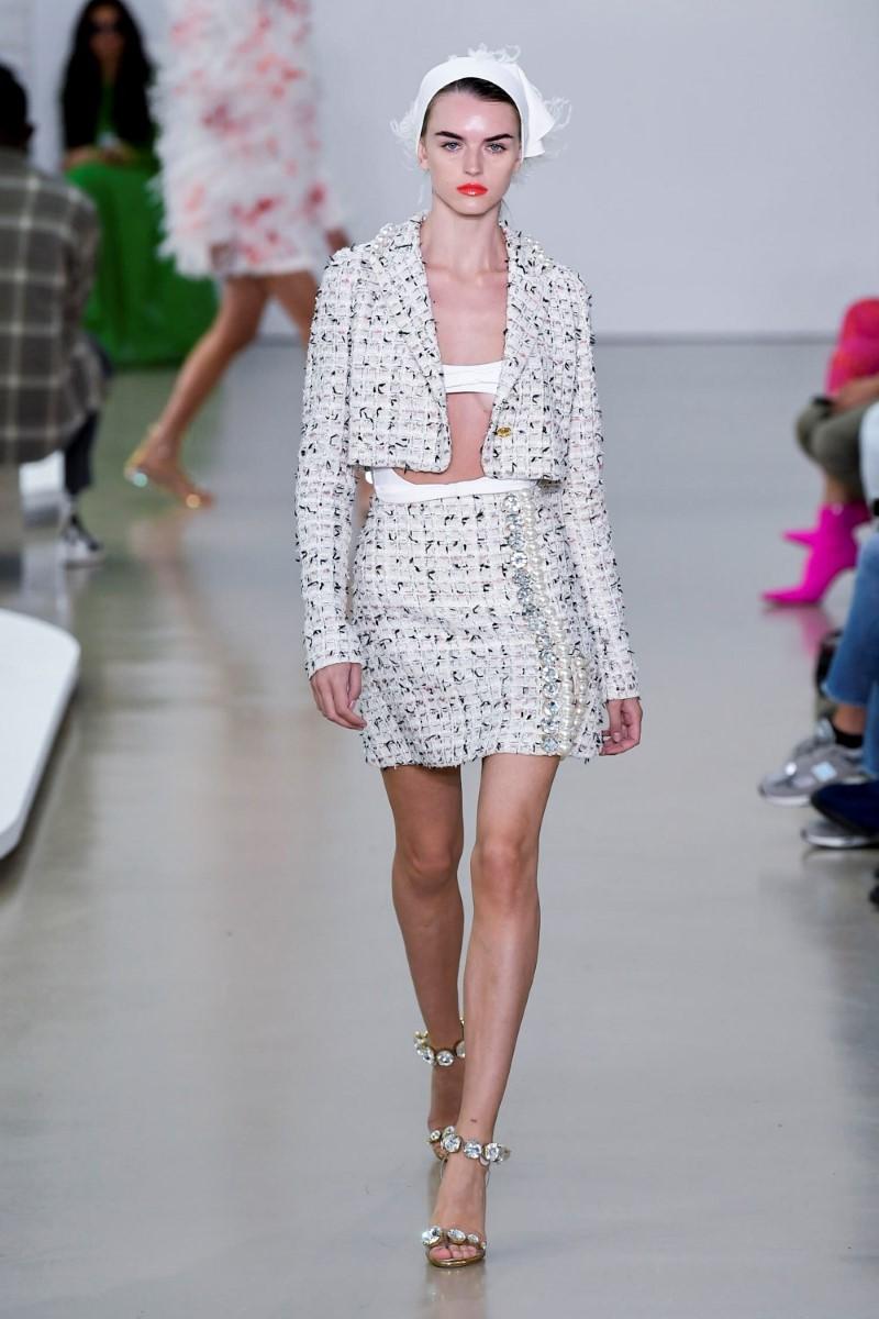 Giambattista Valli Spring Summer 2022 - Paris Fashion Week