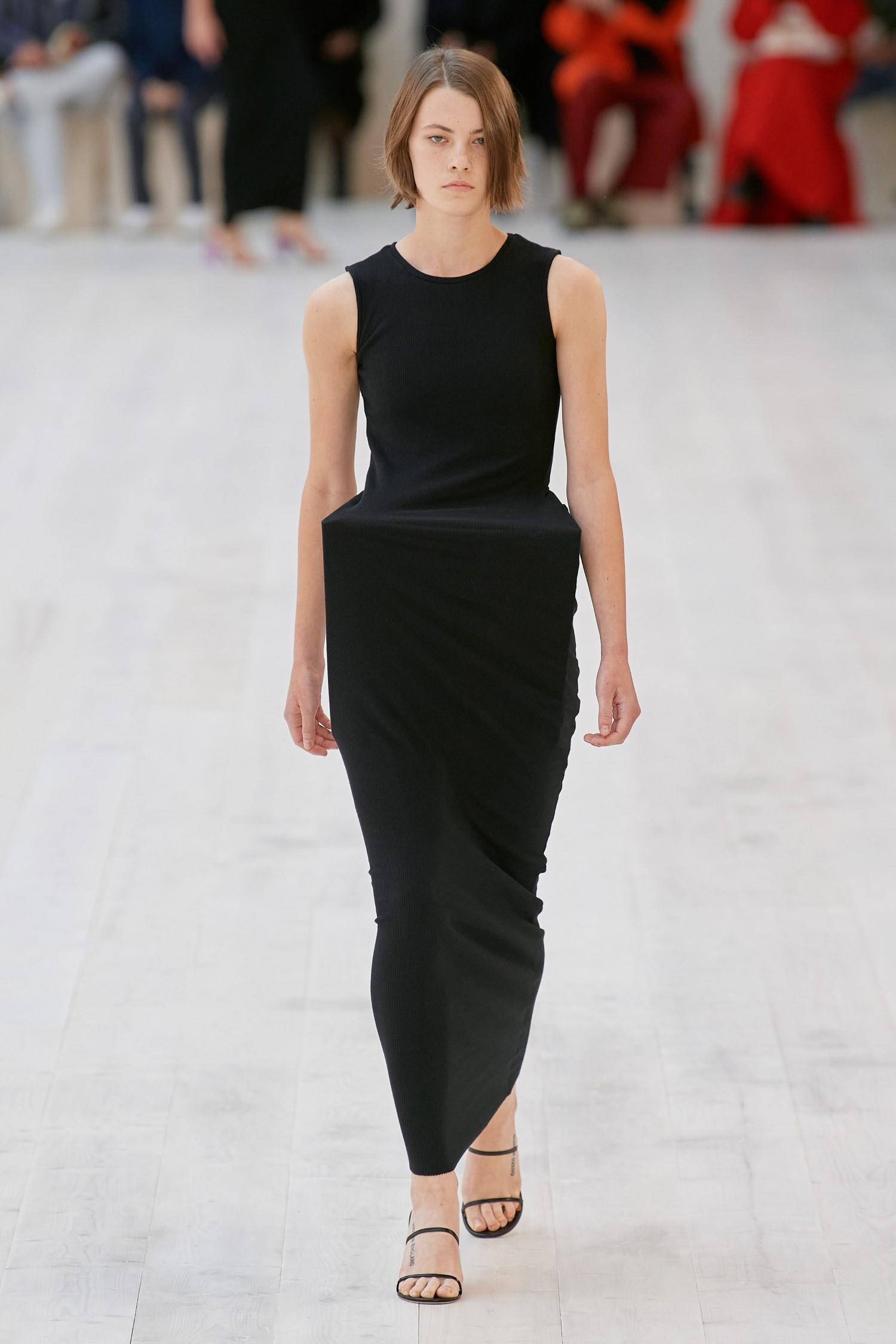 Loewe Spring Summer 2022 - Paris Fashion Week