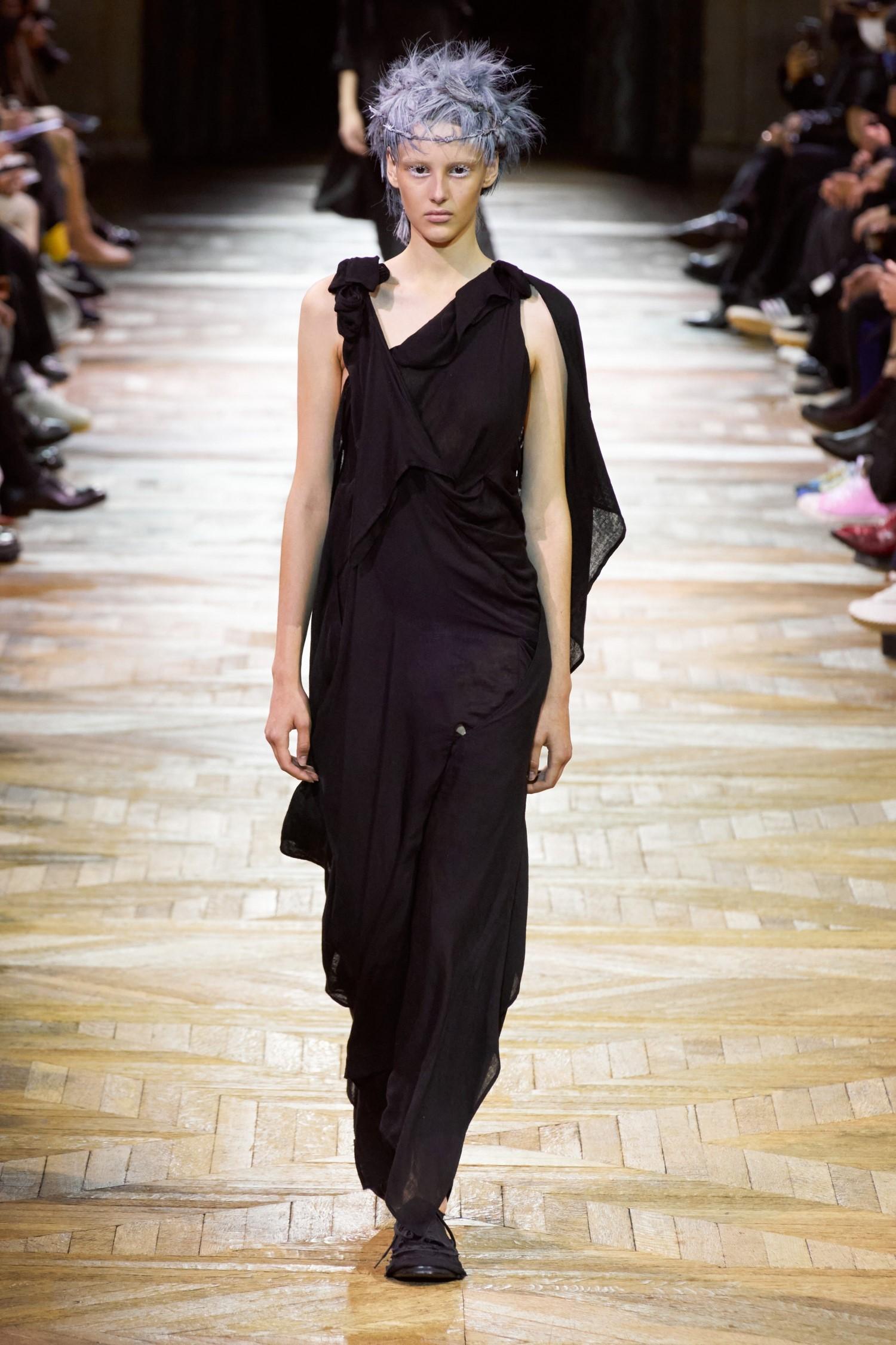 Yohji Yamamoto Spring Summer 2022 - Paris Fashion Week
